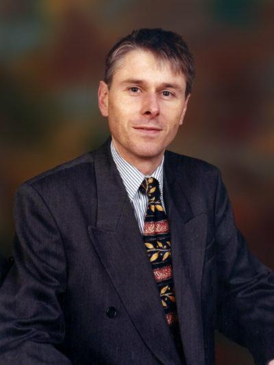 Dr Derek Watts